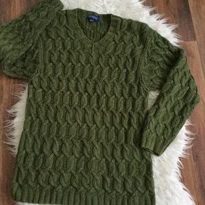 J. CREW GREEN CROCHET SWEATER SIZE  XS